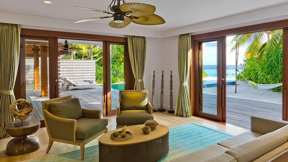 Hotel dusit thani maldives Beach_Residence_Lower_floor_
