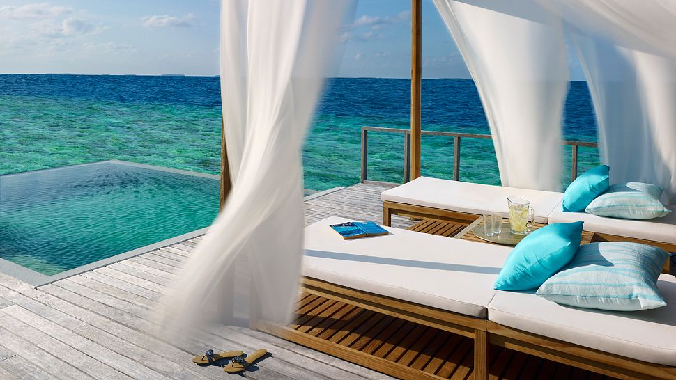 Hotel dusit thani maldives Ocean_Villa_Deck_with_Pool