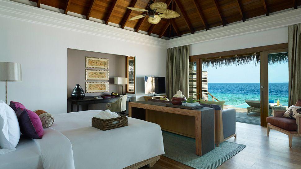Hotel dusit thani maldives beach villa