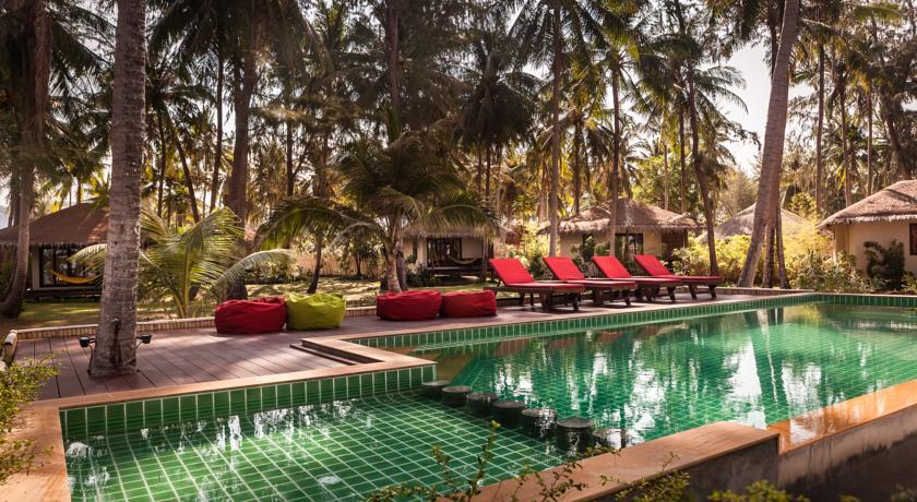 Koh Phangan - hotel baan manali piscine