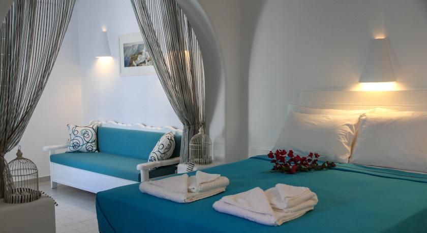 Chambre de l'Hotel Anastasia Princess à Perissa, Santorin