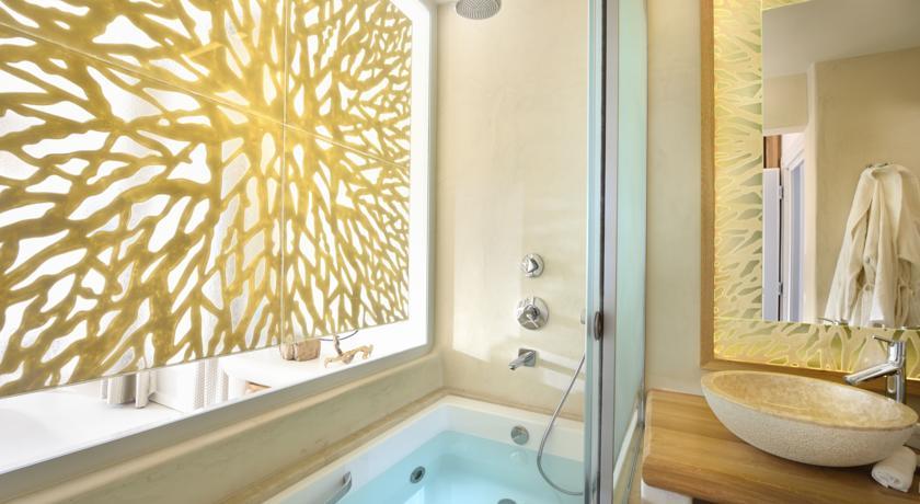 mykonos-anax-resort-et-spa-salle-de-bain