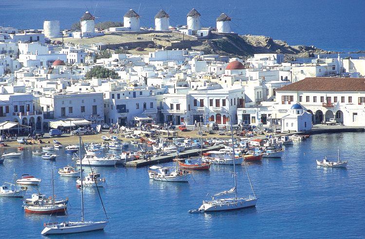 mykonos-port