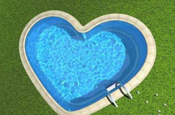 Piscines - formes originales coeur