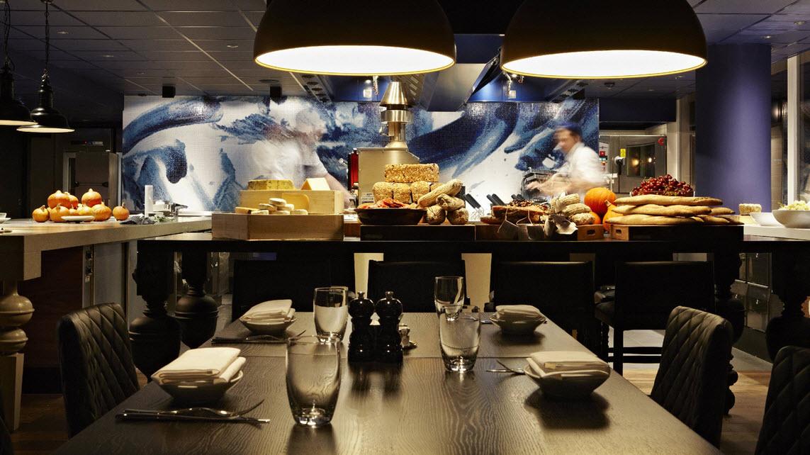 Andaz Hotel - Restaurant Bluespoon
