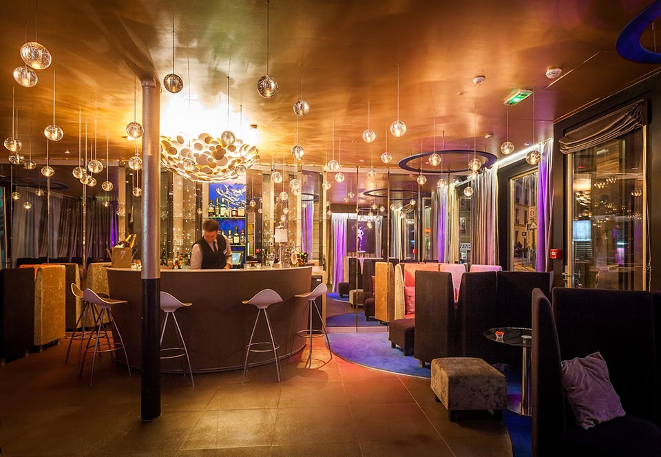 hotel seven - bar