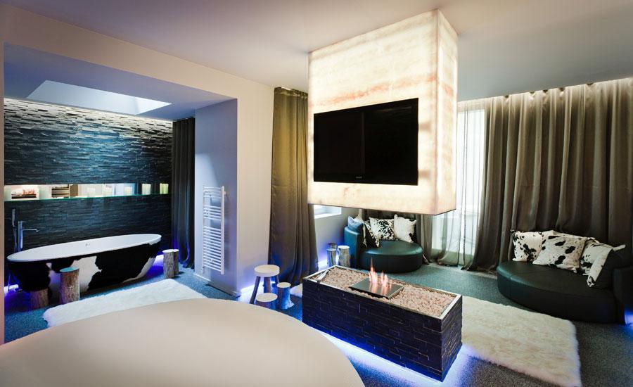 hotel seven - suite lovez vous 5