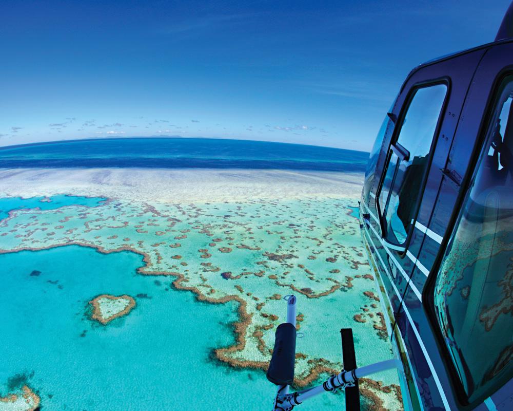 Heart reef - survol de la barriere de corail