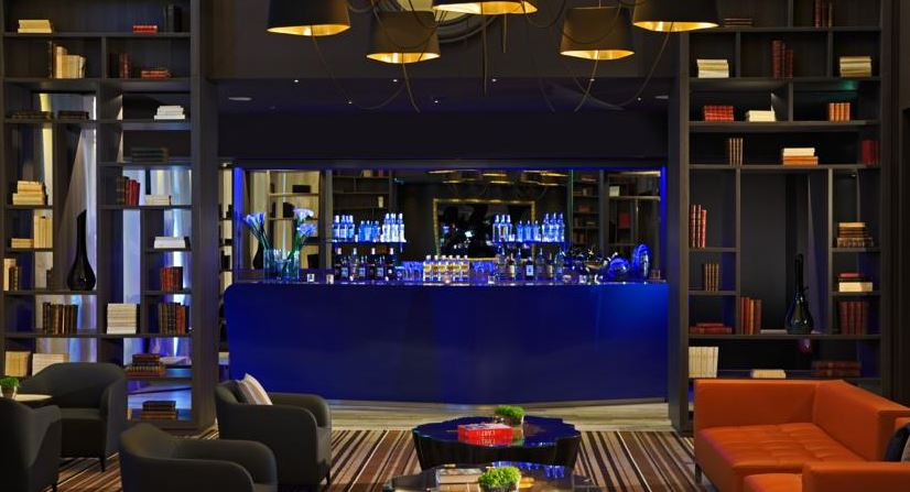 Hotel Renaissance Paris Hippodrome de Saint-Cloud - bar3