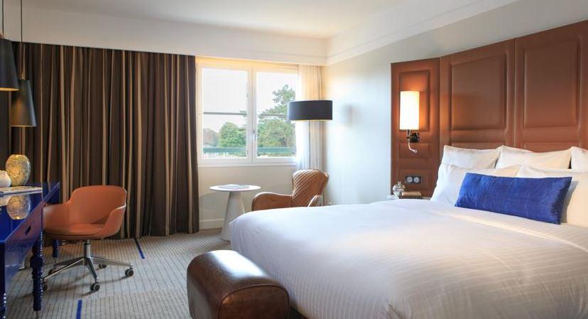 Hotel Renaissance Paris Hippodrome de Saint-Cloud - chambre