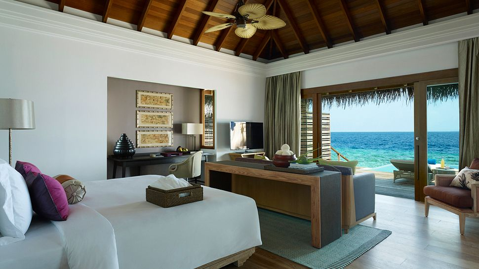 Hotel dusit thani maldives beach villa