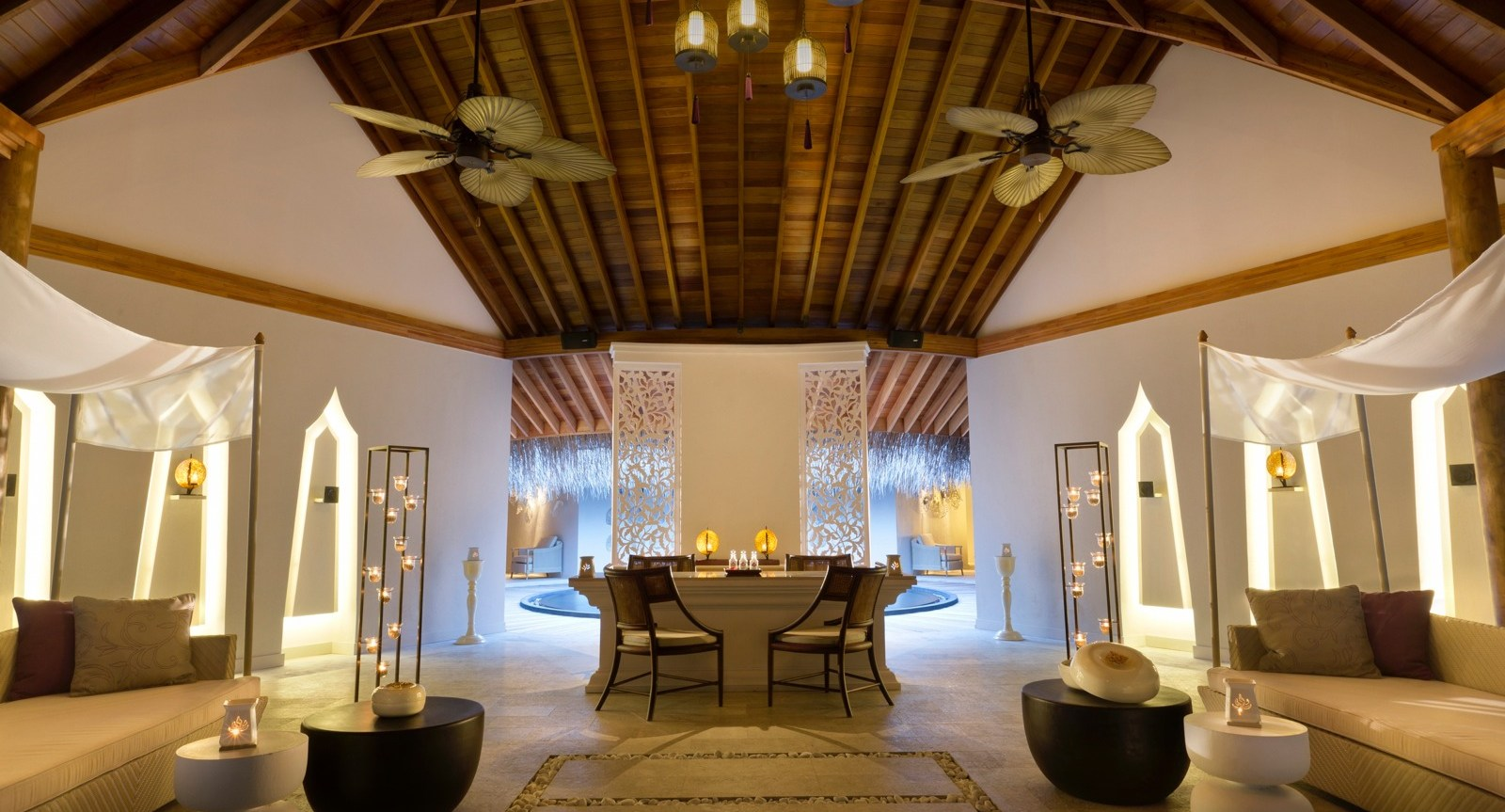 Hotel dusit thani maldives spa