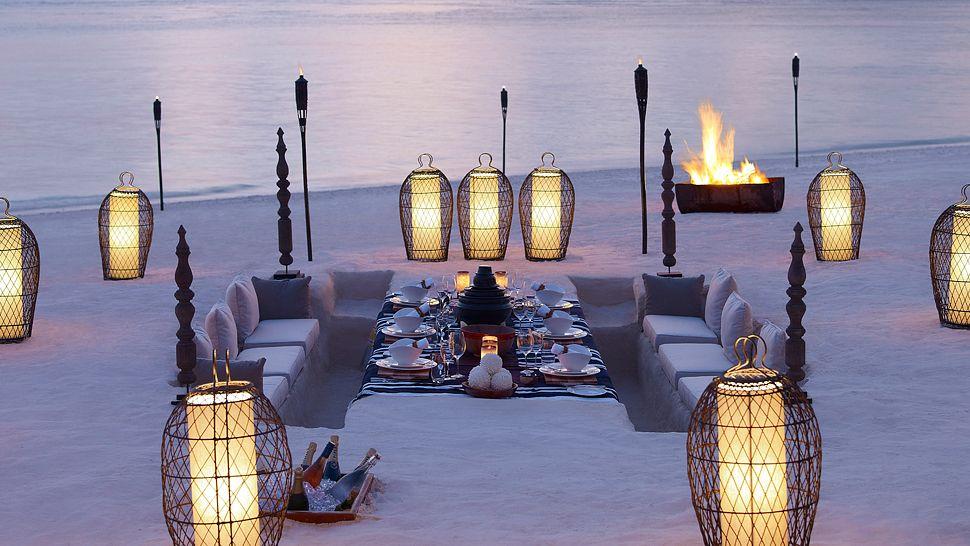 hotel dusit thani maldives - diner plage