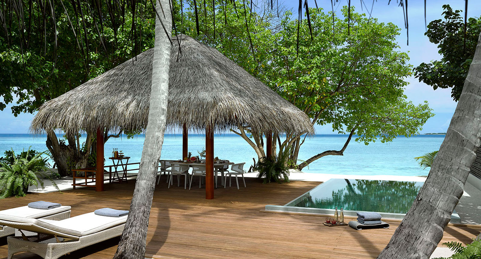 hotel dusit thani maldives - two-bedroom-beachvilla