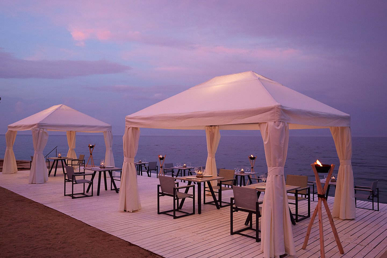 Hotel Marbella Corfou Grece - Restaurant Bussola Bord de mer diner romantique