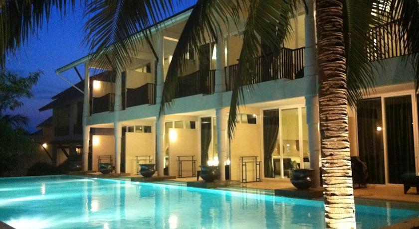 Koh Phangan - Had Rin hotel sarikantang resort and spa