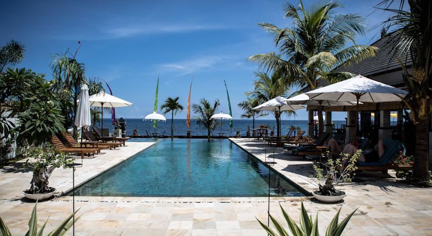 Bali Lovina hotel kelapa lovina beach resort piscine