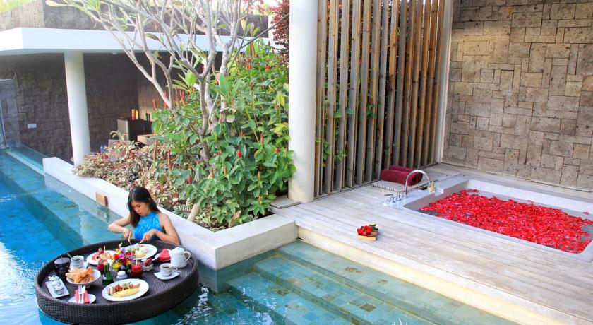 Bali Seminyak Berry Amour Villas jaccuzi