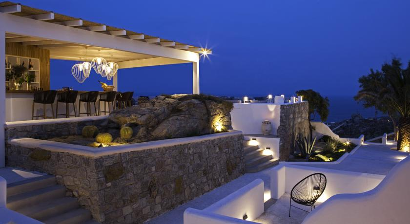 mykonos-lyo-boutique-hotel-bar