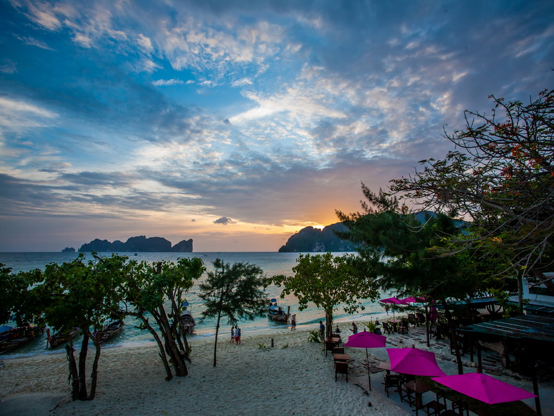 Hotel Paradise Resort sur l'ile de koh phi phi