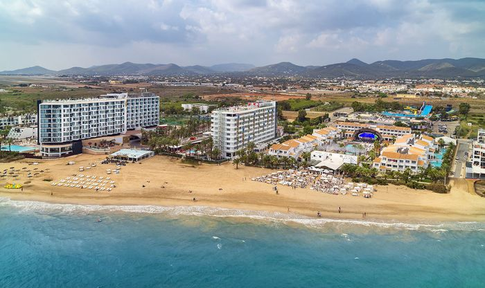 Plage d'en Bossa Ibiza