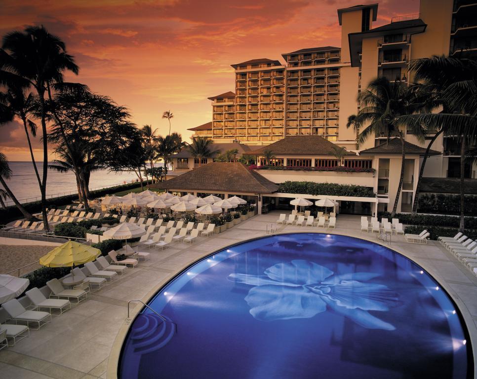 Les 5 plus beaux hôtels d'Oahu à Hawaii - Hôtel Halekulani - Piscine
