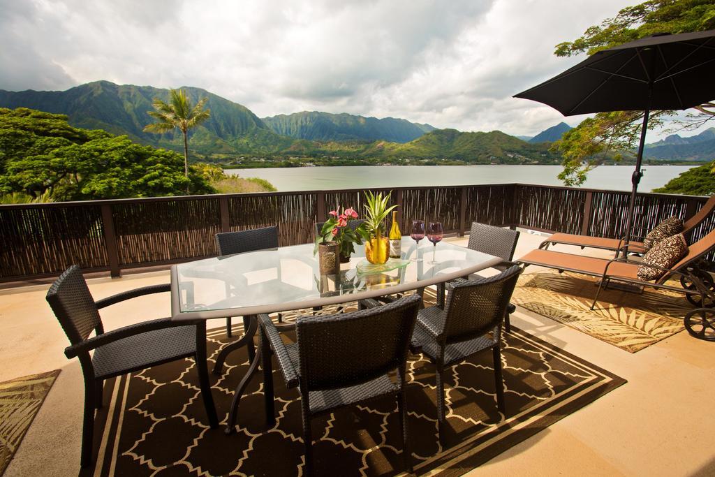 les 5 plus beaux hôtels d'Oahu à Hawaii - Hôtel Paradise Bay Resort - Terrasse