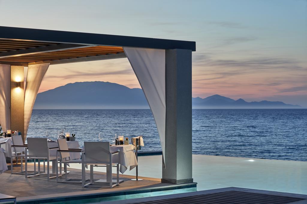 les 10 plus beaux hôtels de Grèce - Hôtel Lesante Blu Zante - Restaurant Piscine