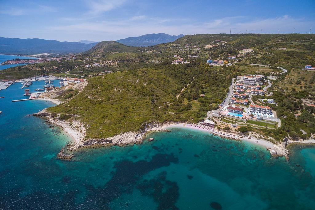 les 10 plus beaux hôtels de Grèce - Hôtel Proteas Blu Resort Samos - Vue aérienne