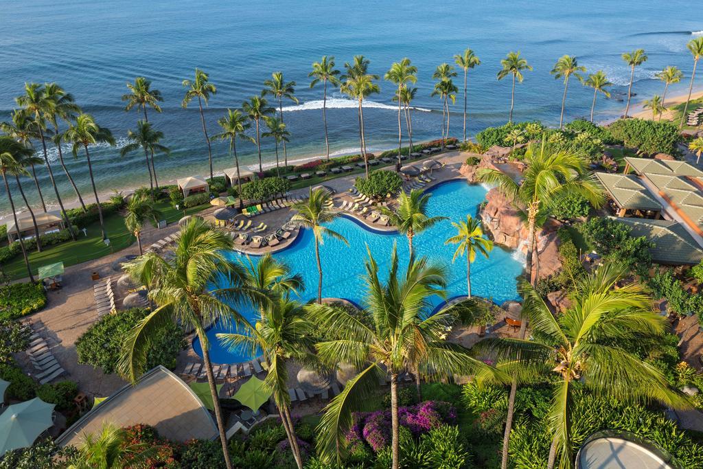 Les 5 plus beaux hôtels de Maui Hawaii - Hôtel Hyatt Regency Maui Resort & Spa - Piscine vue d'en haut