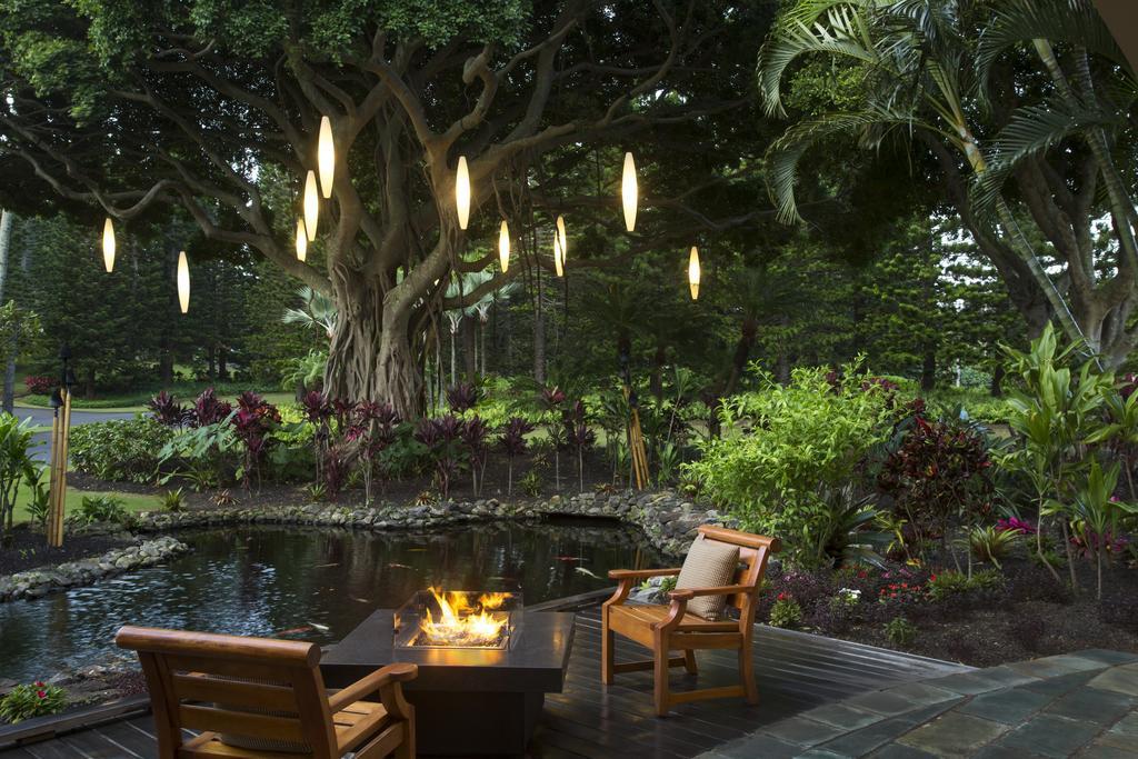 Les 5 plus beaux hôtels de Maui Hawaii - Hôtel The Ritz Carlton Kapalua Salon Extérieur