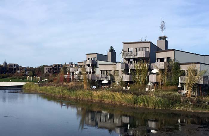 Logement appartement et cottage avec vue sur le lac - Villages Nature Paris