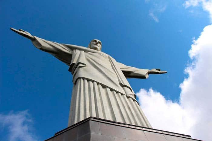 Statue Corcovado Christ Redempteur au Bresil