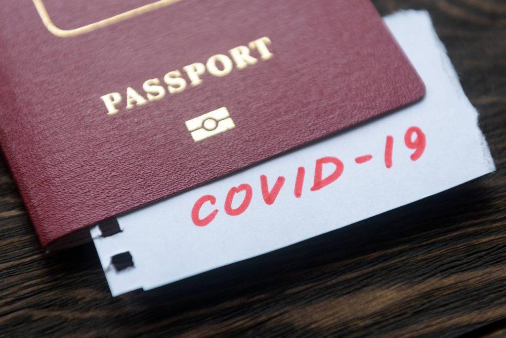 Comment voyager durant la période du COVID-19